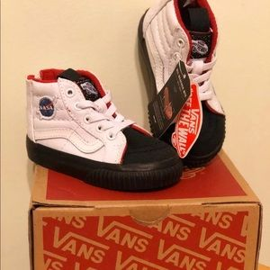 vans toddler size 6 nasa LOGO
